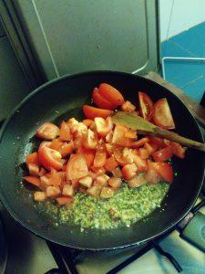 トマトを投入!!
