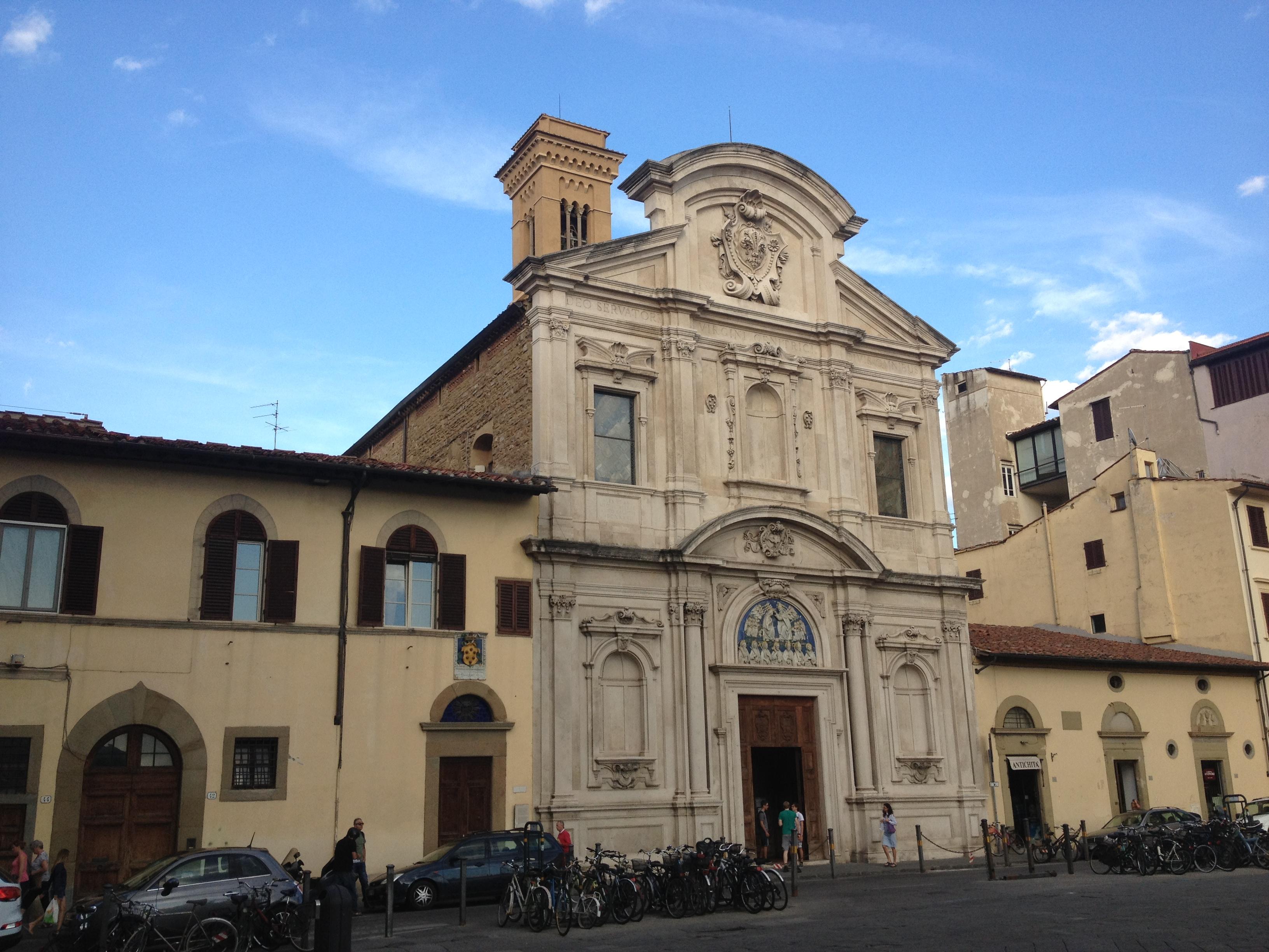 フィレンツェのオンニッサンティ教会。ジョット、ボッティチェリ、ギルランダイオ…豪華作品の競演!