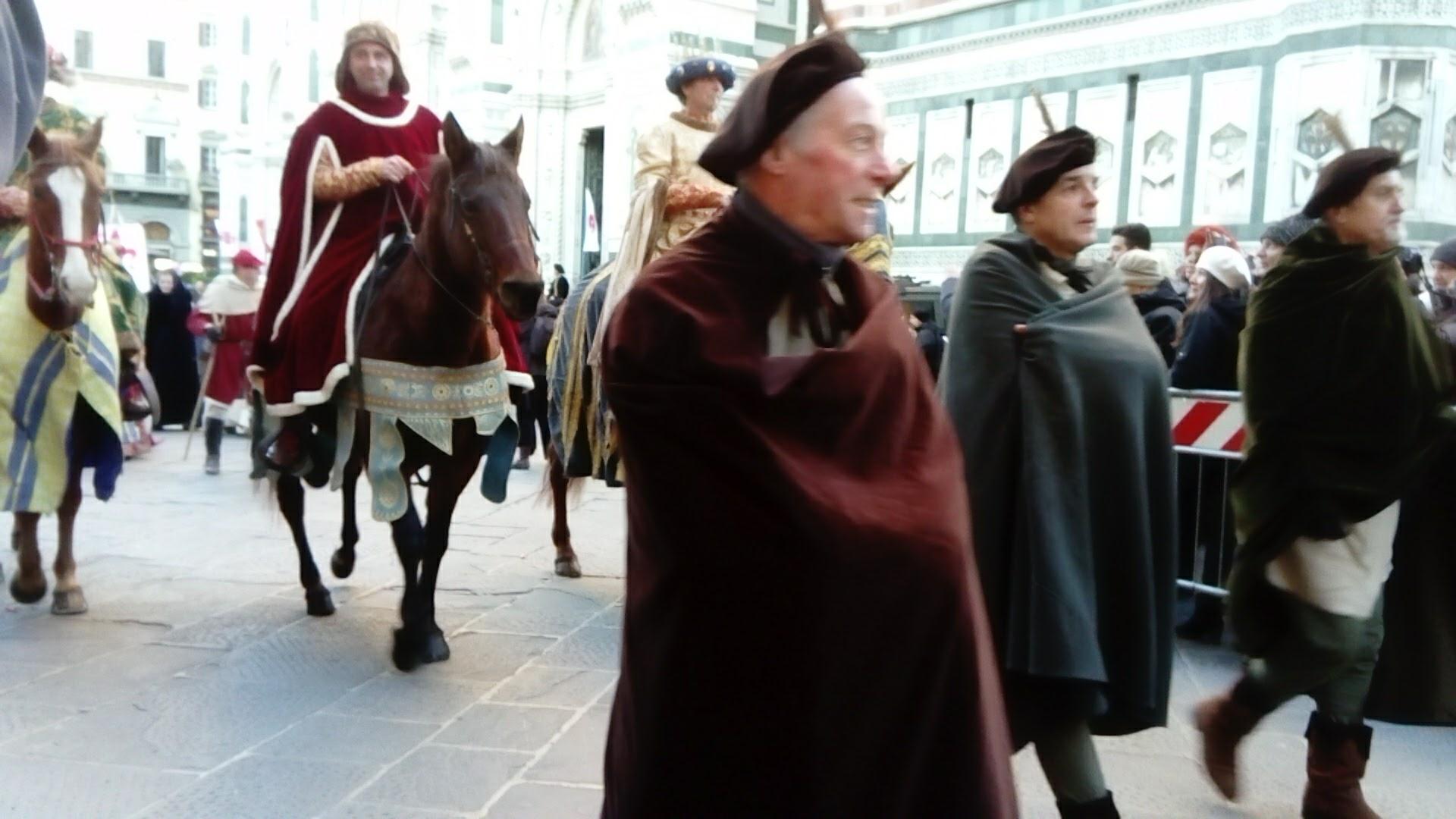 三博士は馬に乗っています