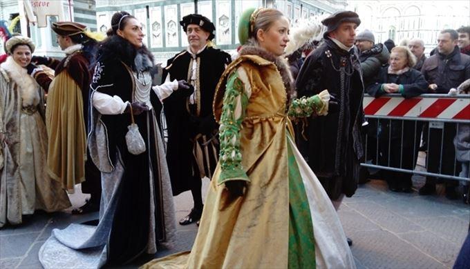 1月6日(エピファニア)のフィレンツェ 中世の衣装を来た歴史行列