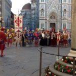 フィレンツェのドゥオモ広場 聖ザノビが1月26日、奇跡を起こしたとされるその場所に建てられた柱