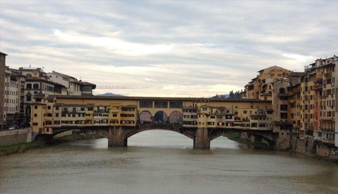 ヴェッキオ橋(ポンテ・ヴェッキオ) 1345