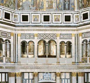 サン・ジョヴァンニ洗礼堂の内部