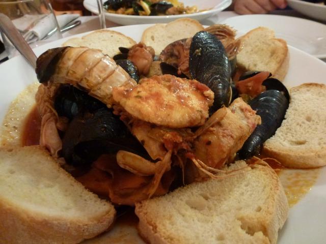 海の幸満載♪リヴォルノ名物『カッチュッコ』ってどんなお料理?