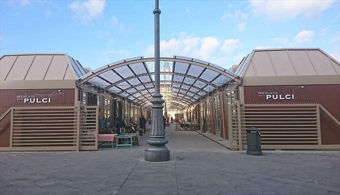 フィレンツェの蚤の市「Mercato delle Pulci」