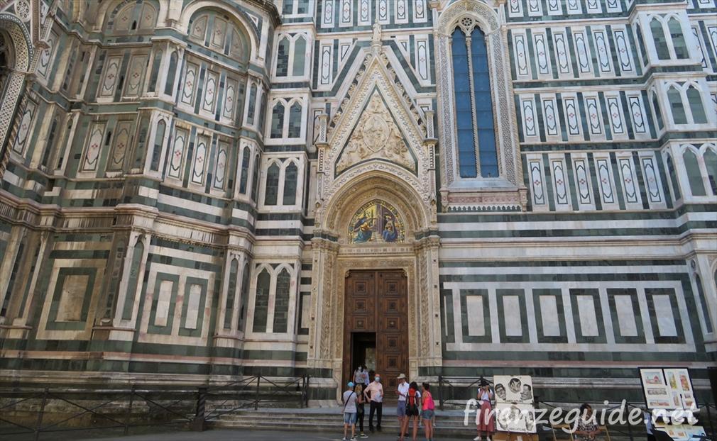 フィレンツェのドゥオモ アーモンドの扉